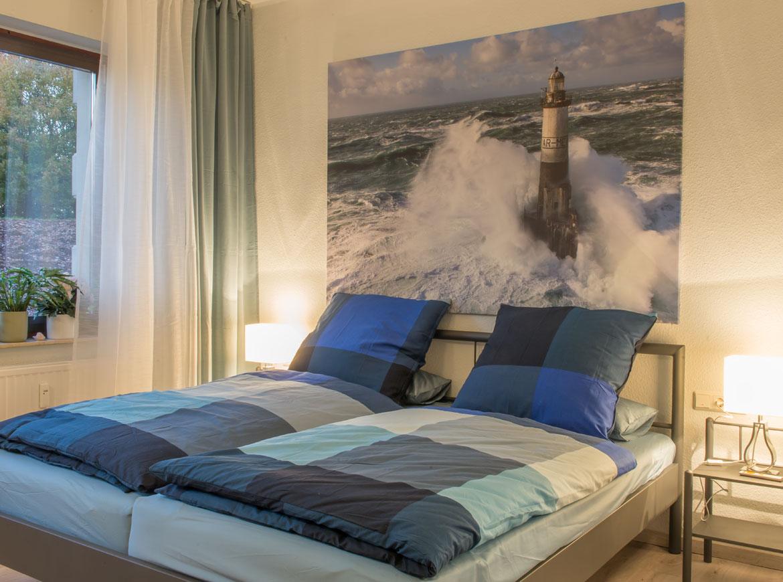 Das Schlafzimmer Bietet Hohen Schlafkomfort, Denn Bei Der
